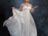 Тренды свадебной моды-2021: перья, банты и брюки